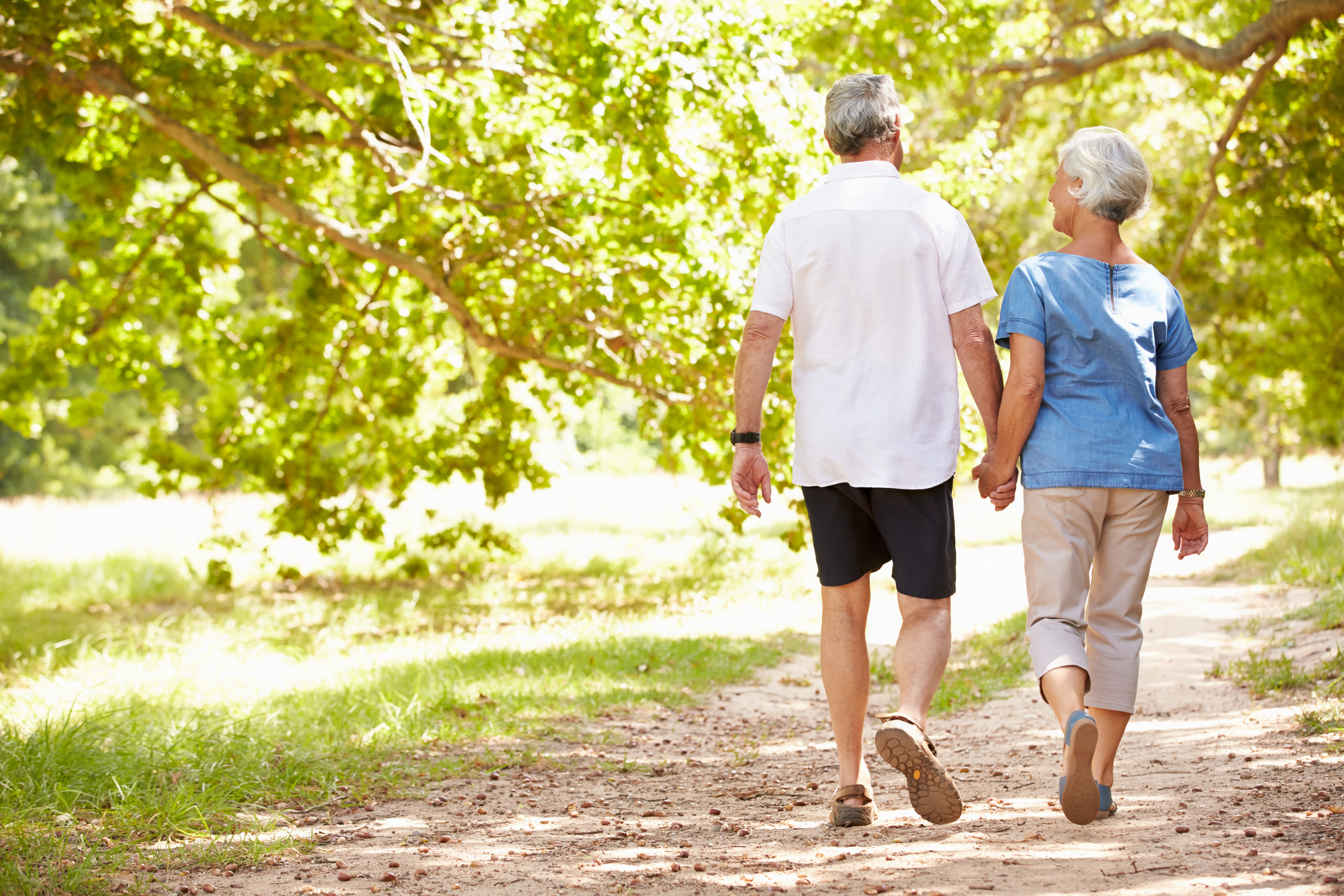 Benefits of Fresh Air for Seniors This Spring